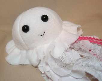 White Jellyfish - Fleece Plush Jellyfish with Lace Tentacles Stuffed Sea Creature Animal