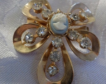 Vintage brooch, cameo and crystal flower motif brooch/pendant, retro jewelry