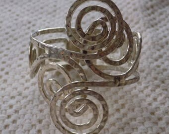 Vintage bracelet, silver swirls, cuff bracelet, hinged cuff, curliques cuff,statement bracelet, 7 inch bracelet