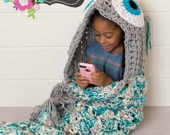 Hooded Owl Blanket, owl blanket, crochet owl blanket, owl pillow, choose your own colors,