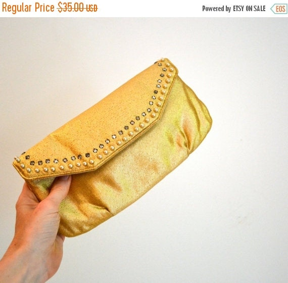Sale 15% off Vintage Gold Clutch Purse with Rhinestones and Pearls// Vintage Metallic Clutch// Metallic Gold Wedding Evening Bag