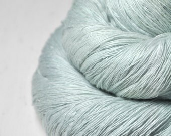 Dissipating icy mist - Merino/Cashmere Fine Lace Yarn