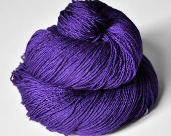 Memory of a fearsome tale - Merino/Silk Fingering Yarn Superwash