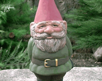 SALE! Mr Gnome Green 9 Inch Tall R50G