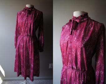 Vintage 70's SERBIN Marbled Boho Dress Ruffle Neck Secretary Dress Mad Men Long Dress Shirt Dress Tie Neck Maroon Dress Large Dress Wine XL