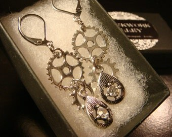 Antique Silver Gear and Cog with Jewels Steampunk Earrings (2294)