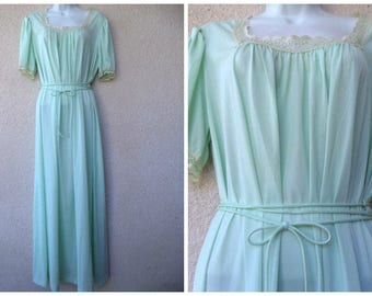 1980s Vanity Fair Nightgown. Mint Green Nightgown. Nice Sweep. Waist Ties. Lace Trim. Grecian Style Nightgown. Silky Antron Nylon Nightgown.