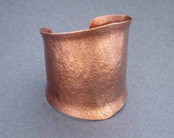 Wide Copper Cuff Bracelet in Hammered Copper Textured Metal Edgy Modern Jewelry Statement Bracelet Metalsmith Jewelry 7th Anniversary Gift