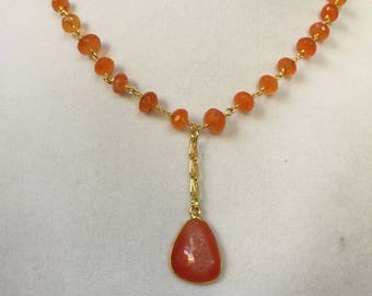 Carnelion Druzy and Carnelion Beads Gold Necklace
