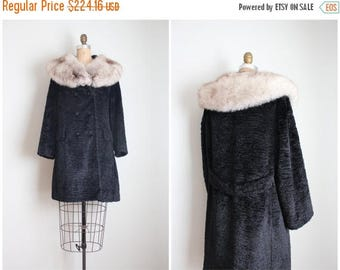 SPRING SALE vintage 60s black coat with luxurious fox collar / 1960s fur collar coat - jet black velvet chenille coat / ladies vintage coat