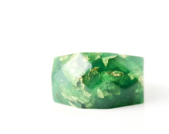 size 6.5 jade green eco resin faceted ring with gold leaf