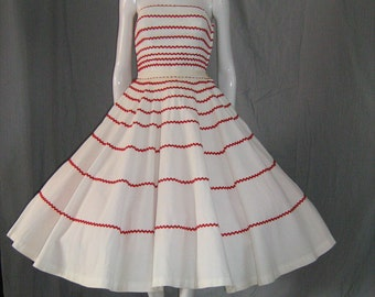 1950's Red Rick Rac on White Pique 2 Piece Strapless Bustier Top and Circle Skirt Dress Set Sundress XS Viva Las Vegas Rockabilly Vlv