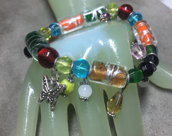 Vintage Multi Color and Shape Glass Beaded Stretch / Charm Bracelet