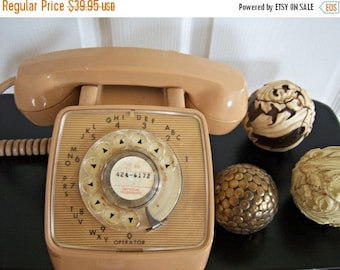 Vintage Beige Tan GTE Rotary Desk Phone Online Vintage Movie Prop General Telephone Company 39.95