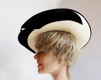 1950s Straw and black velvet wide brimmed hat by Michael terre of California