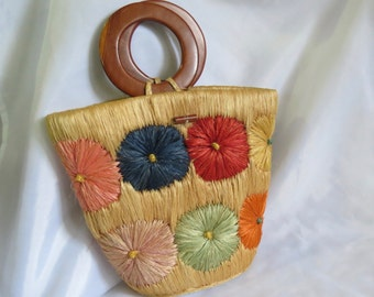 Vintage Straw Raffia Purse with Flowers and Wood Handle