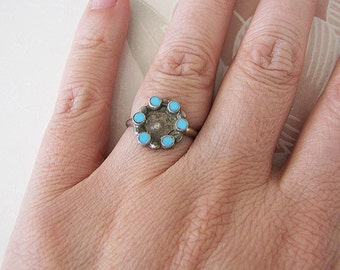 Zuni Turquoise 6 dot Ring, size 5.75, Old primitive