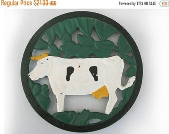 Lovely Vintage French  Cast Iron Table Mat,Trivet, Cow decor, French country kitchen table