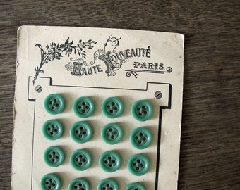 "Vintage French Buttons with Card , green mint, Paris Mode fashions, 24 Buttons - 1/2 "", 1,3 cm"