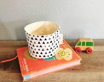 Binky bucket pacifier storage bucket