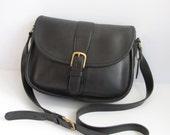 Vintage Coach Bag // Equestrian Saddle Bag in Black Leather // 1980s COACH