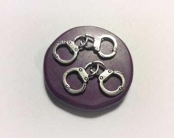 Handcuffs molds- flexible silicone push mold Fondant / cake decoration /craft/ dessert