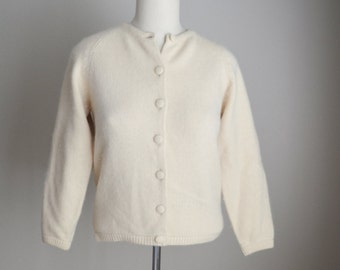 vintage 80s angora wool ivory soft cardigan -- womens small