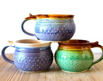 Round Dotty Mug, Handmade Pottery Coffee Mug, In Choice of Green or Lavender Glazes / 20 or 24 Ounces