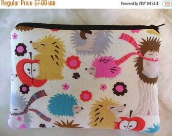 Hedgehogs Small zipper accessory pouch