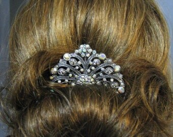 Crystals and Rhinestone Bridal  Hair Comb Accessory Bridal Wedding Jewelry Pageant Jewelry