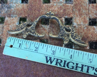Wish I Had These Kind Of Curves Vintage Hardware Drawer Pulls