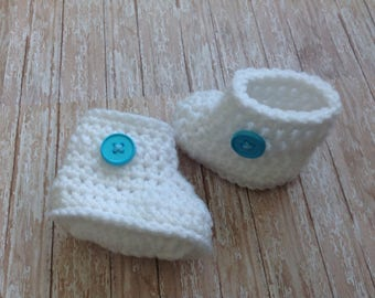 Baby Boots/Baby Shoes/Booties/White Boots (fits 0-6 months)