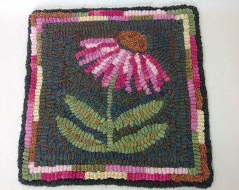 "Rug Hooking KIT, ""Coneflower Mat"", 8"" x 8"", J940, Primitive Rug Hooking Mat, Folk Art Flower"