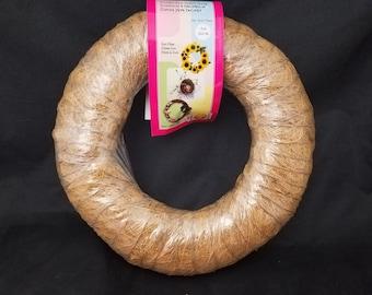 "9"" Cocoa Fiber Wreath"