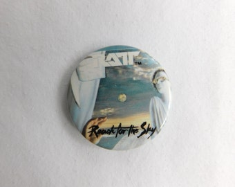 1980's Vintage Ratt Heavy Metal Rock Band Pin Pinback Button  DR1