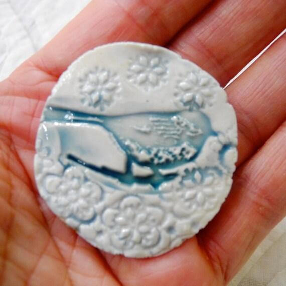 Bird brooch, Bird Pin, Blue Bird, ceramic pin, pottery pin, nature pin, handmade brooch, Hat Pin, bird jewelry, jean jacket pin, Holiday Pin