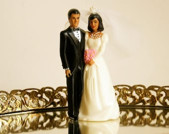 Wedding Cake Topper: Vintage Bride Groom, Plastic Cake Topper, African American Couple