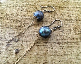Artisan Boho Pearl Earrings, Minimal Dangle Earrings, Blue Pearl Earrings, Sterling Chain fringe, Artisan Earwires