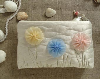 Cottage Wedding Clutch with Flowers, Flower Girl Coin Purse, Wedding Gift for Girl, Daughter Gift Bag