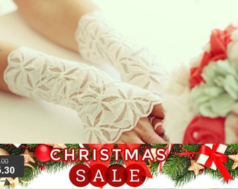 Christmas SALE Bridal lace gloves,wedding gloves, ivory lace gloves, FREE SHIPPING 25% off!