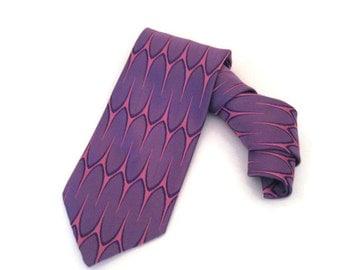 70s Wide Tie Bold Purple Tie Wide Pink Tie Pink & Purple Tie 1970s Necktie Wide Purple Tie Wide Necktie Graphic Design Tie