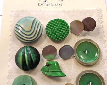 Vintage buttons  -  green selection - plastic, glass, celluloid, pearl etc (Ref BC36)