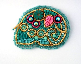 Turquoise elephant brooch, Elephant brooch, Beaded brooch, Elephant jewelry, Bead embroidered elephant, Elephant gifts, Gift for women