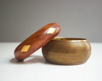 Pair of Vintage Bangle Bracelets - Wood and Brass Vintage Bangles
