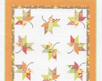 """Mini Twirl, Quilt Pattern, FTQ 1038, Fig Tree Qlts, 22""""x22"""",Falling Leaves"""