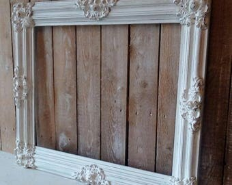 Picture Frame, Vintage White Ornate Frame, Wall decor, Shabby Cottage, French Provincial, French Farmhouse Home decor, Savannah's Cottage
