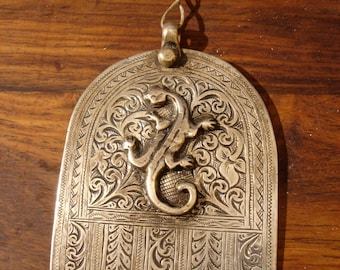 Moroccan large hand engraved tarnished Hand with salamander