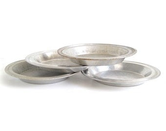 "No Drip Pie Pans Juice Saver Rim Wide 9 x 1.25"" Pie Plates Mirro, or Unmarked (as-is)"