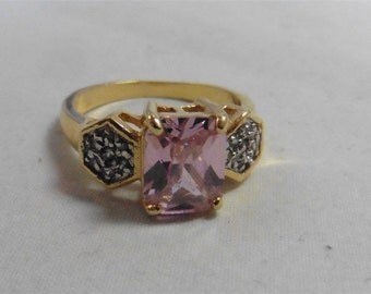 Fashion Gold Tone Pink Crystal Ring Size 10
