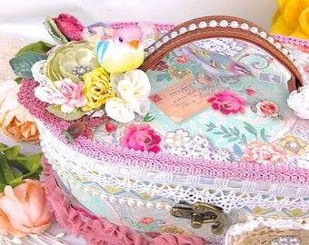 Shabby Chic Oval Vanity Box | Altered Shabby Chic Vanity Case Decoration Gift Box -  Shabby Keepsake Box | Romantic Vintage Style Gift Box